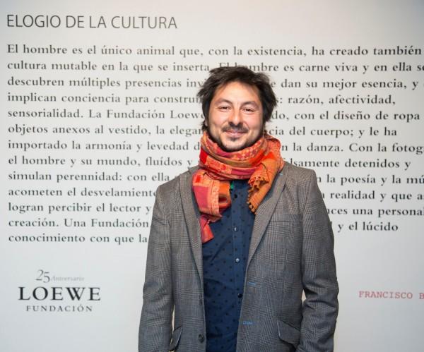 Antonio Lucas_poeta_periodista_Premio Loewe_Nada Personal_El Club del Escenario